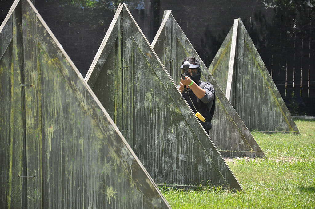 Sniper playing paintball